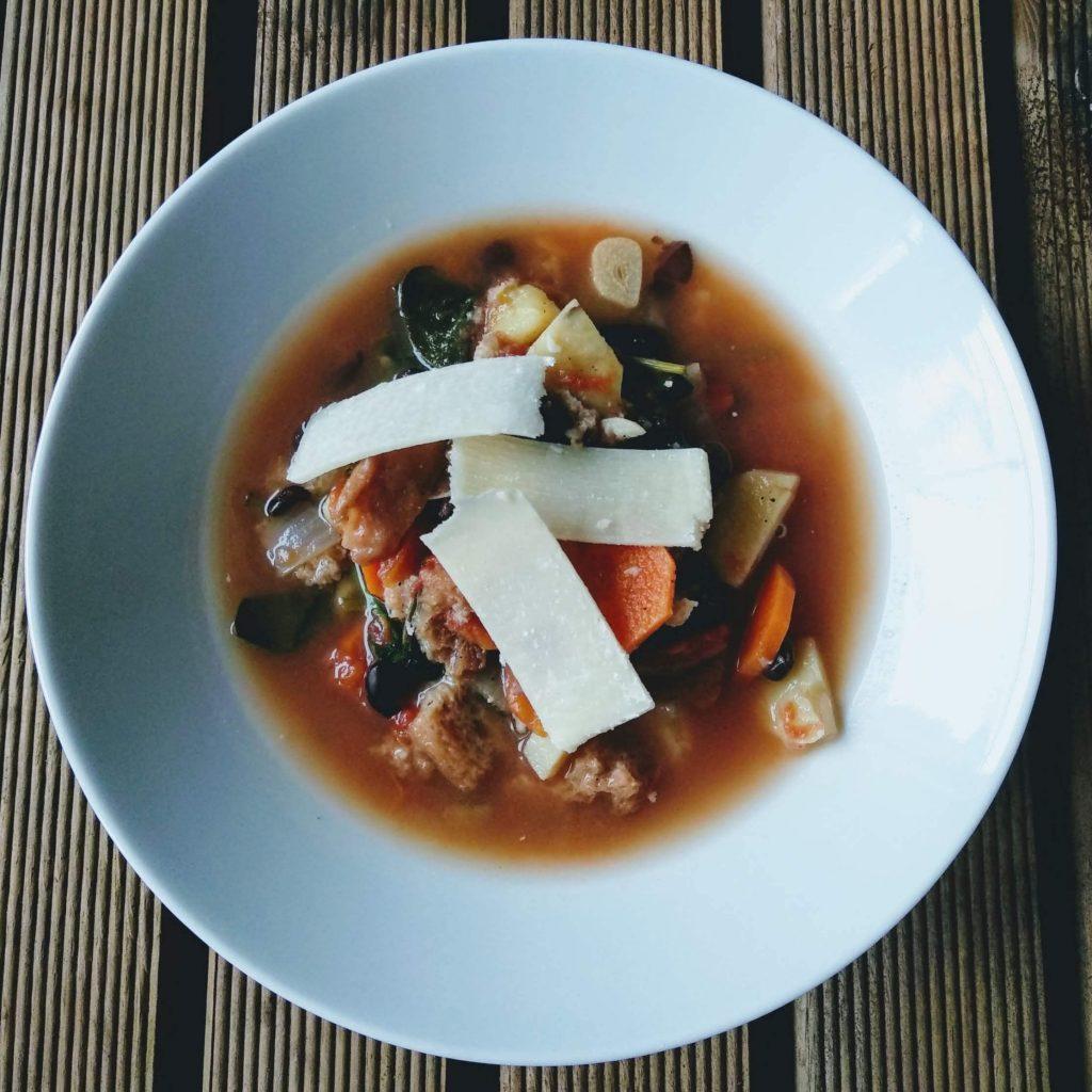 Zdjęcie nr 1 - Ribollita – toskańska zupa fasolowa