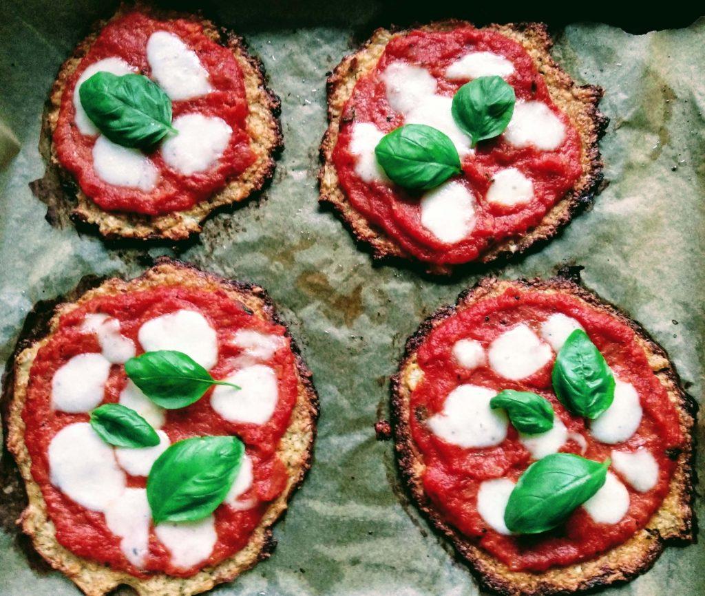 Zdjęcie nr 1 - Mini pizze kalafiorowe