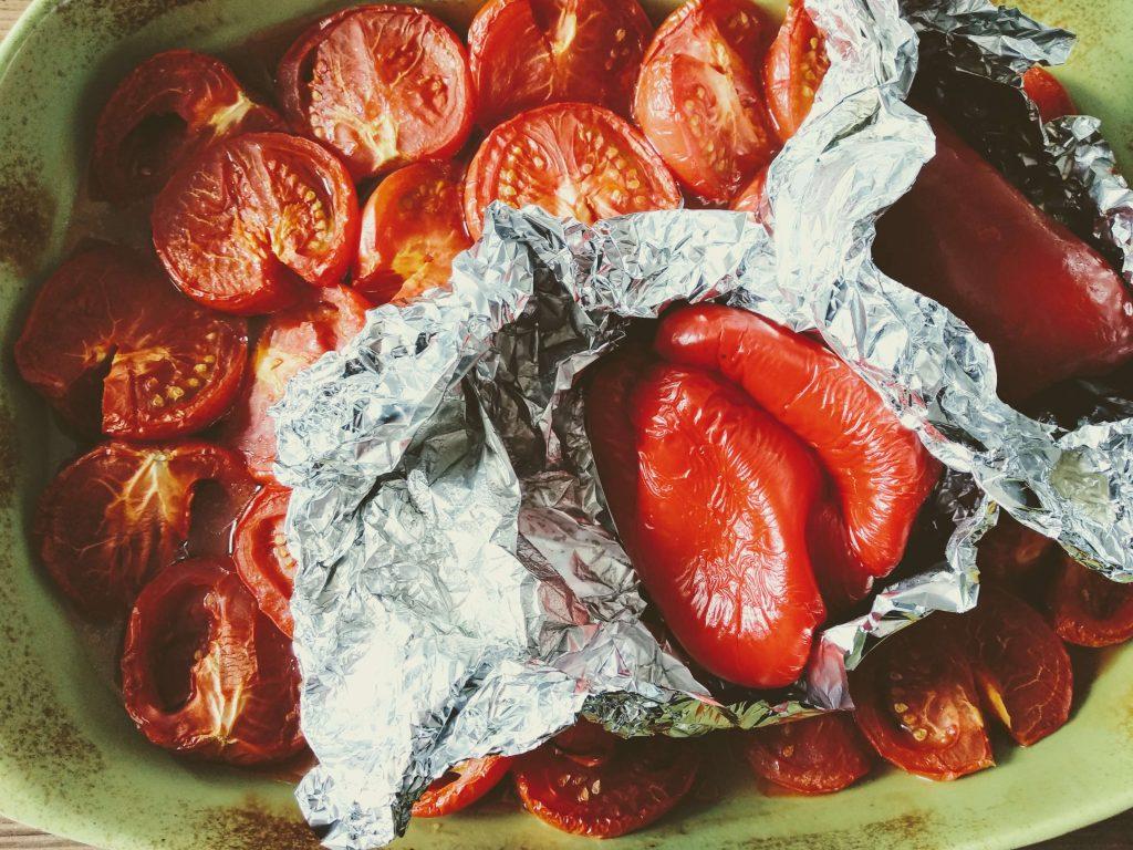 Zdjęcie nr 1 - Krem z pieczonych pomidorów i papryki