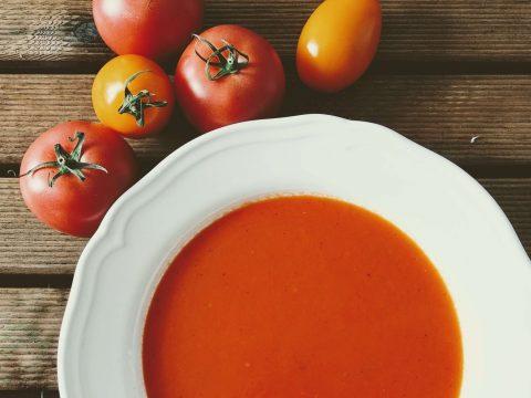 Krem z pieczonych pomidorów i papryki, zupa, obiad